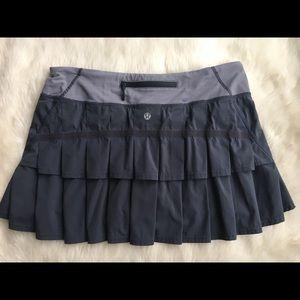 Lululemon Pleated skirt shorts skort tennis 8 grey